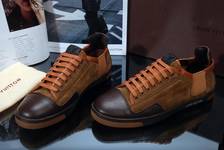 13fa1434ffcd Мужская Обувь Луи Витон. LOUIS VUITTON официальный сайт Россия -  Познакомьтесь с нашими последними коллекциями Для-мужчин из категории  Обувь. Продается